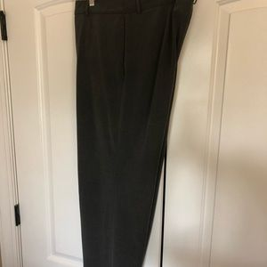Apostrophe stretch dress pants 18L in gray.